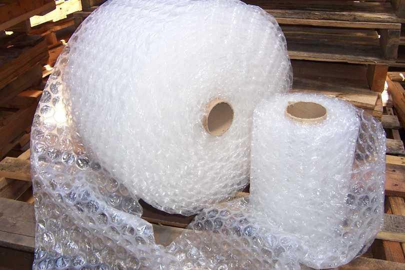 Пузырчатая упаковка В конце 1950-х годов дизайнерам Альфреду Филдингу и Марку Чаваннесу пришла в гол
