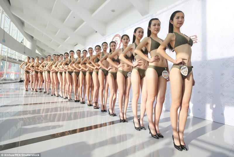 Как в Китае проходит набор на должности стюардесс (8 фото)