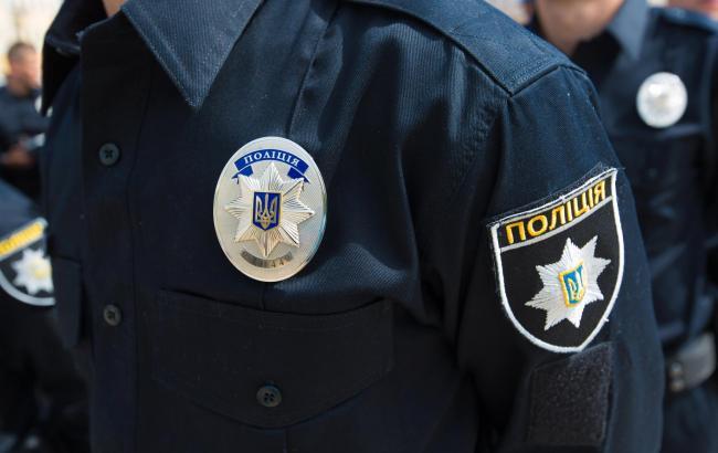 Водворе николаевской многоэтажки шестеро мужчин устроили массовую драку сострельбой