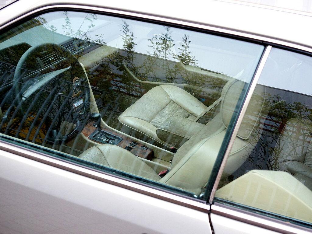 mercedes-coupe-inside-DSC03443.JPG