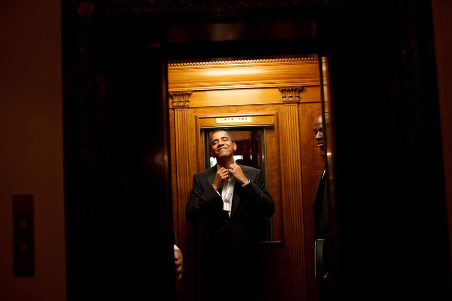 Obama's Official Photographer Favorite Pictures in 8 Years (27 pics)