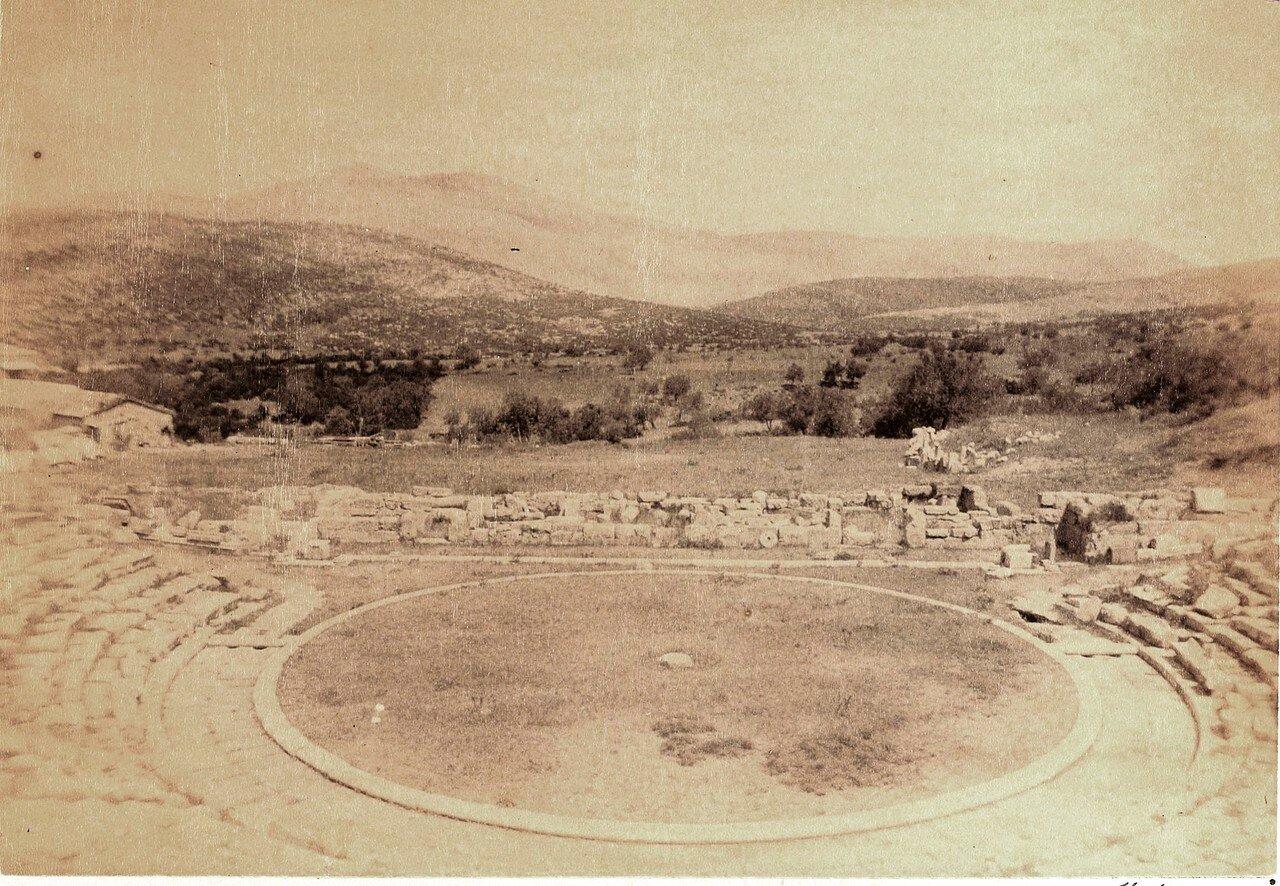08. Эпидавр. Театр. Вместимость примерно 14 тысяч мест. IV в. до н.э.