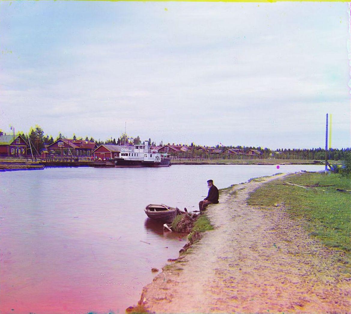 Ковжинский лесопильный завод. Общий вид завода и реки Ковжа