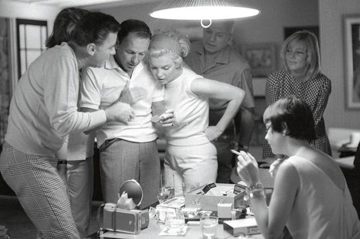 Жа Жа Габор Эта актриса выходила замуж 10 раз, но Фрэнк Синатра не был в числе ее супругов. Однако р