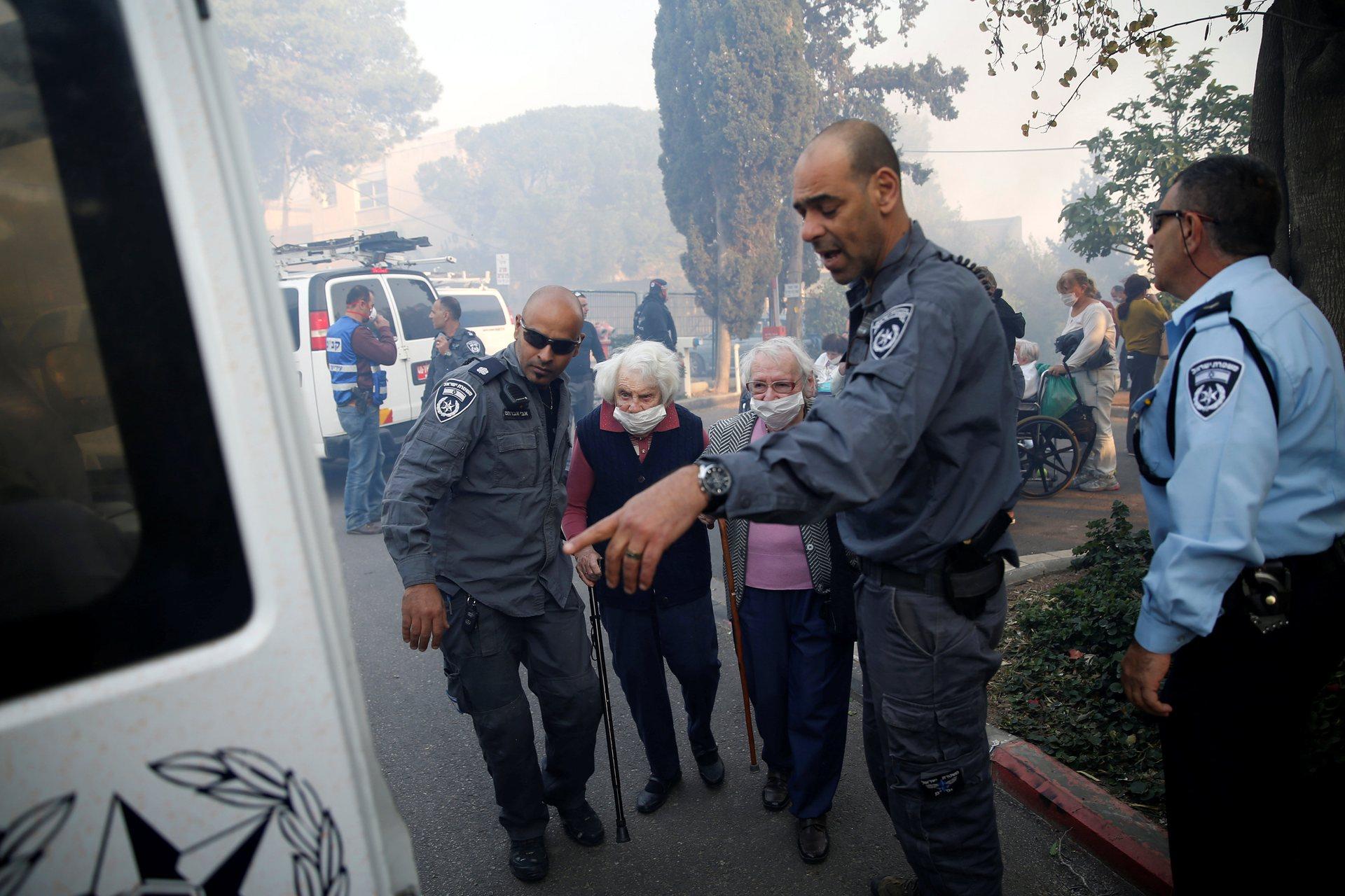 Сегодня, 24 ноября, в Израиль должны прибыть не менее десяти пожарных самолетов из Хорватии, Италии,