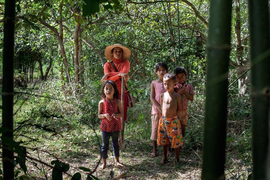 3. Охотиться в джунглях небезопасно еще и потому, что можно наткнуться на одну из многочисленных про