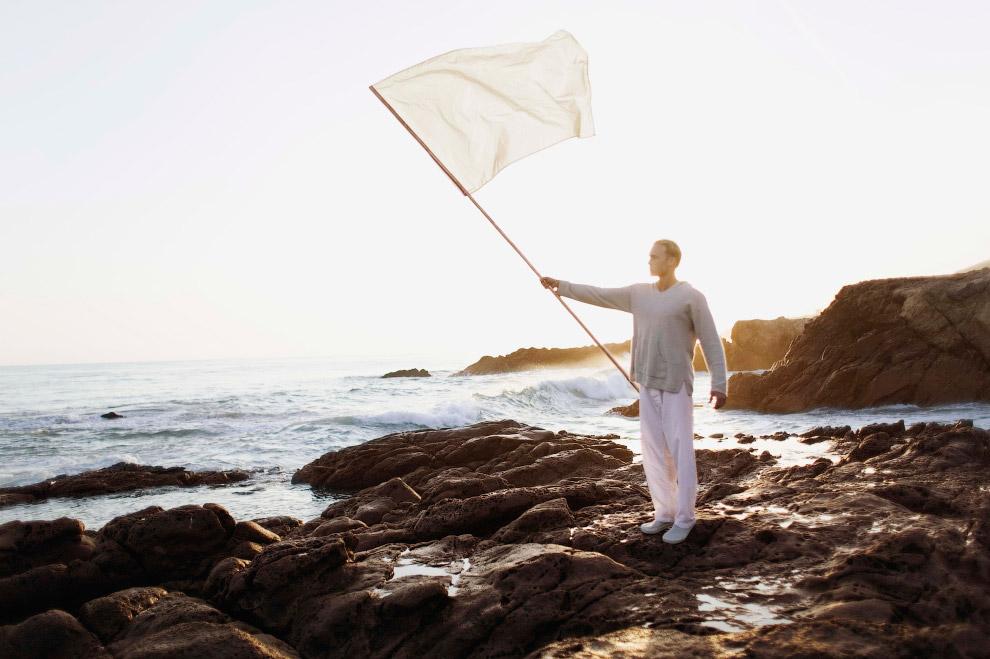 Чистота В культуре большинства стран Запада белый цвет — символ чистоты. (Фото Bahman Farzad):