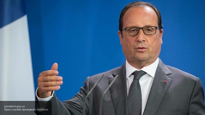 Олланд призвал Европу дать жесткий ответ Трампу после его слов оBrexit