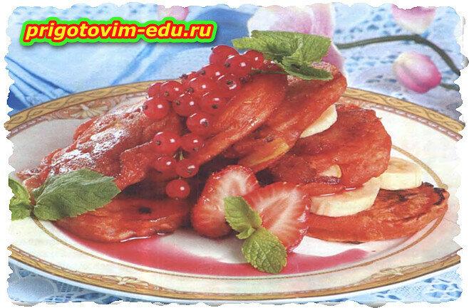 Фруктовые оладьи (груша, банан, персик)