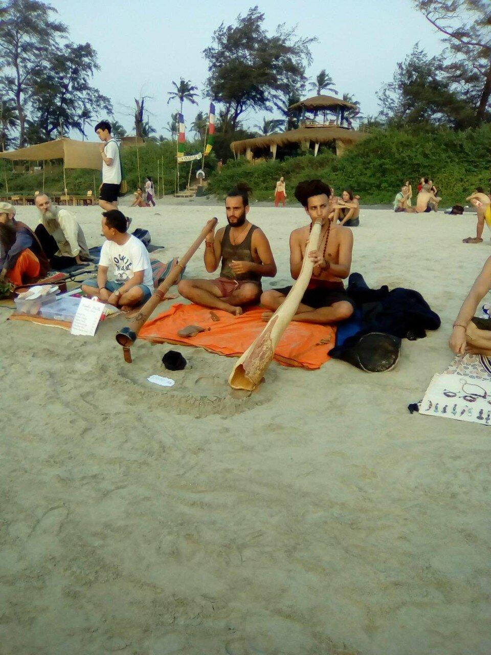 Местные музыканты. Фотографии В. Лана. Индия.  02.jpg