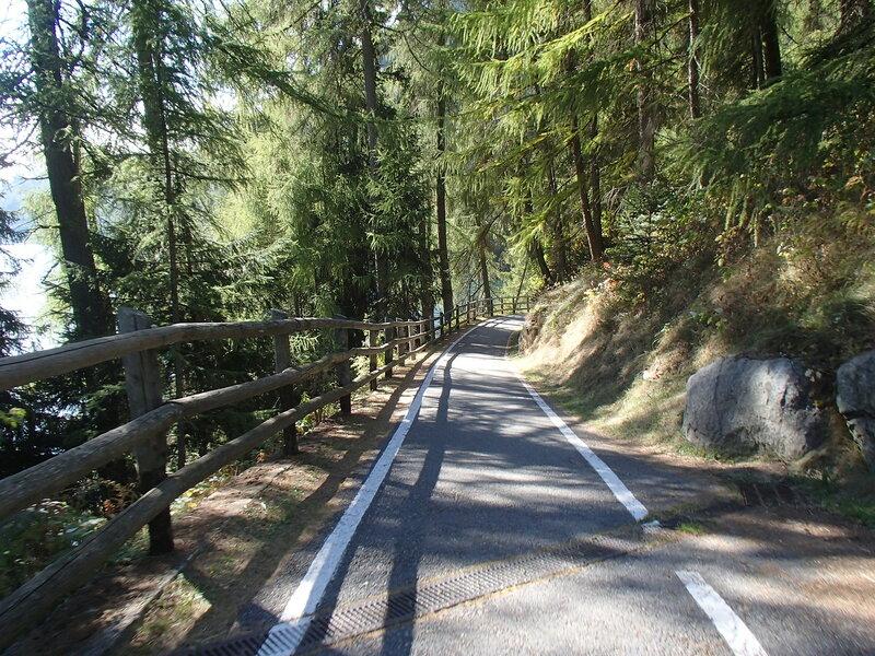 велодорожка вдоль Решензее