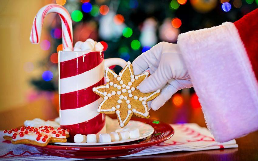 Новый год, новогодние угощения от деда мороза