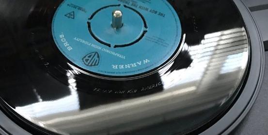 Группа The Smiths выгравировала на собственных пластинках письмо оТрампе