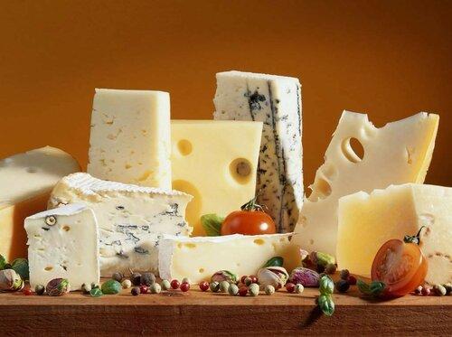 ВЯлте торговали зарубежными сырами, невзирая насанкции
