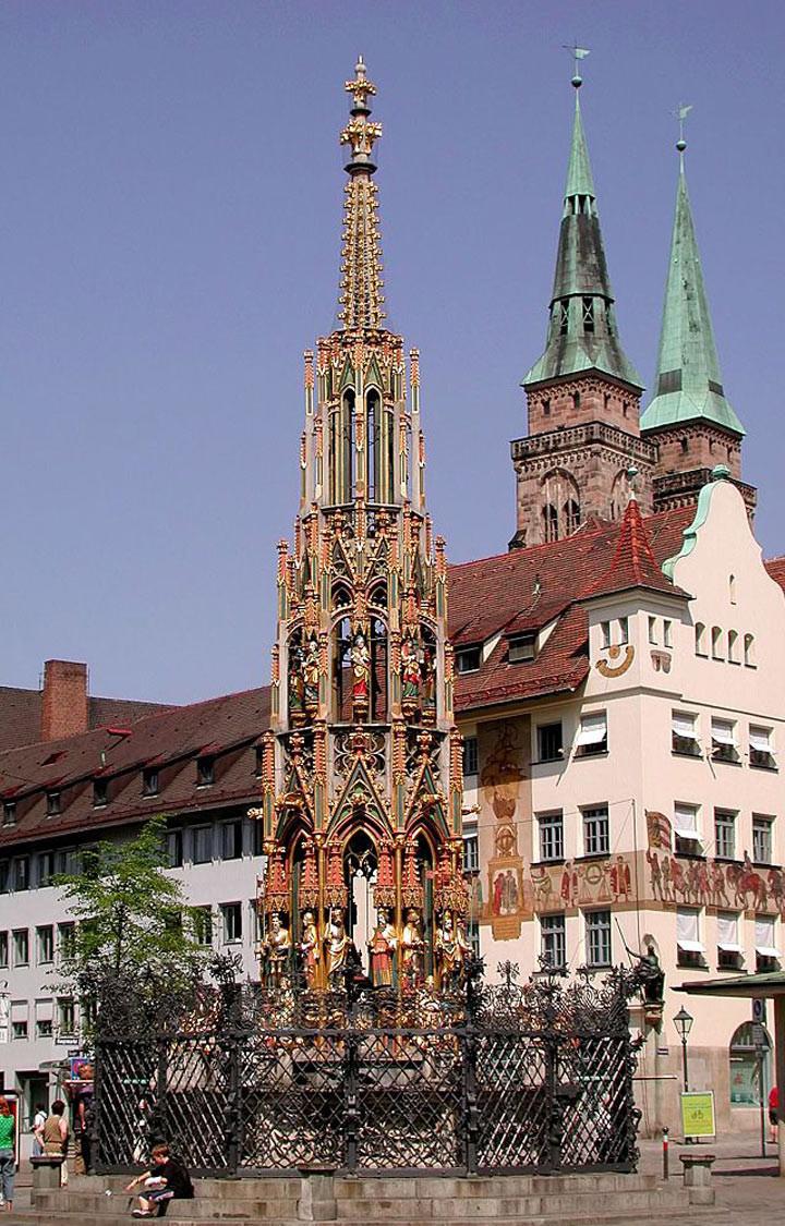 10. Красивый фонтан, Нюрнберг Чтобы ваше желание исполнилось, вам для начала потребуется найти бронз