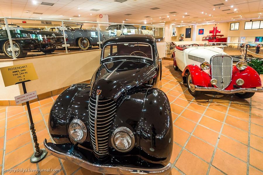 25. На переднем плане Rosengart 40-го, на заднем — 1937 года выпуска.