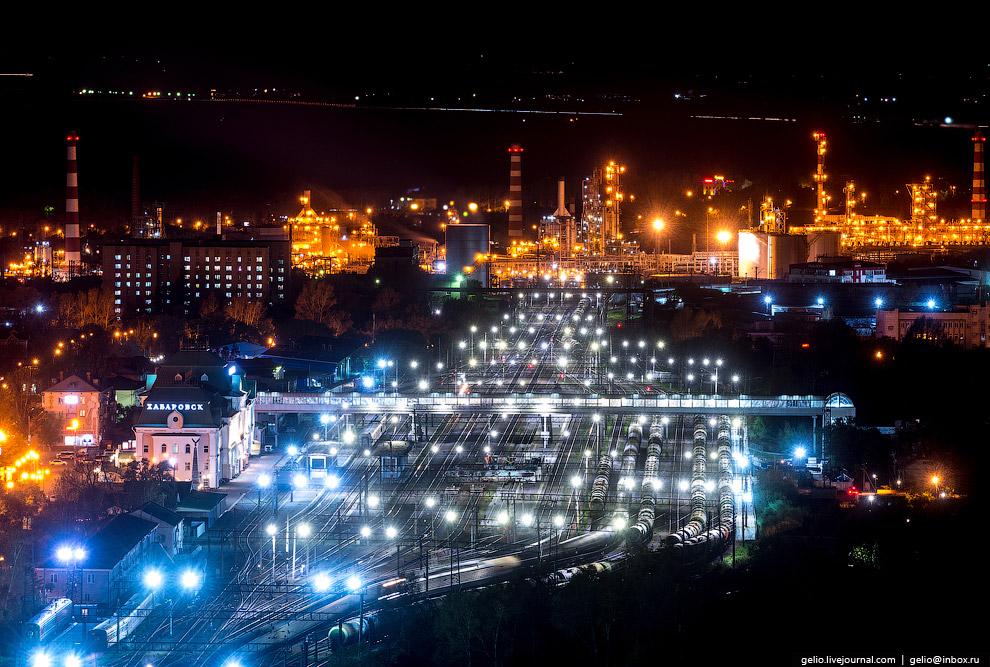 24. Хабаровский мост. Ещё одна «визитная карточка» города с 5-тысячной купюры. Общая длина без