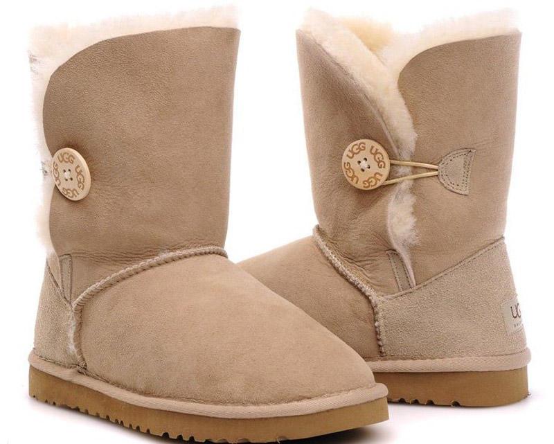 17. Купить угги. Да, выглядят паршиво, но это самая ленивая обувь на земле.