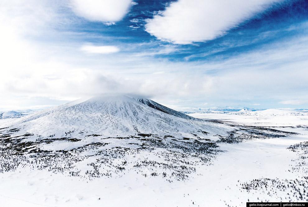 31. Абсолютная высота — 1828 метров.