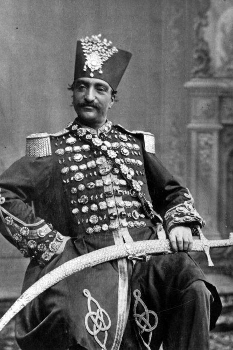 1. Насер ад-Дин Шах Каджар — счастливый владелец гарема. Историки рассказывают, что для своего време