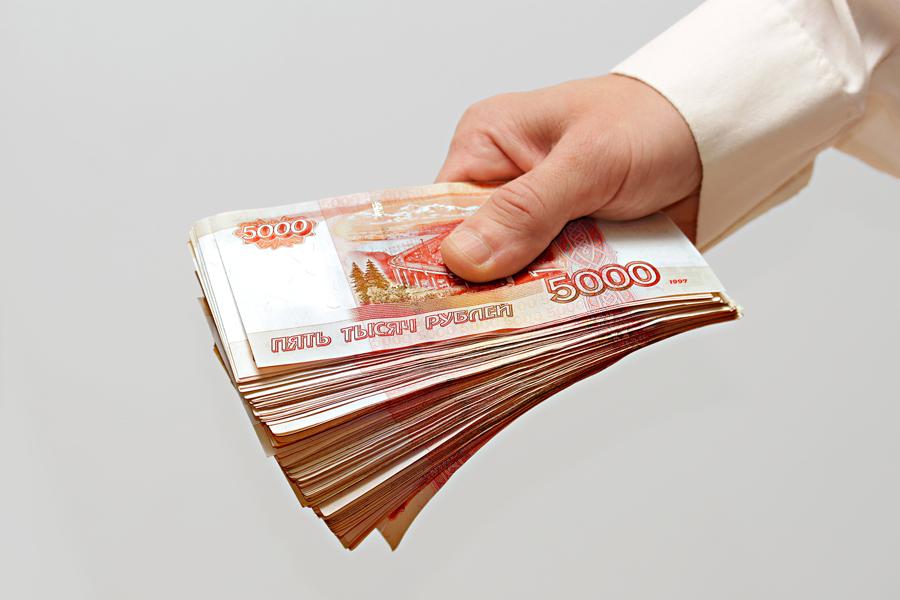 Долги по заработной плате вНовгородской области достигли 105 млн руб.
