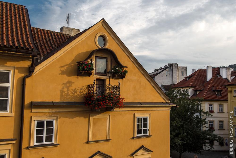 Prague 94.jpg