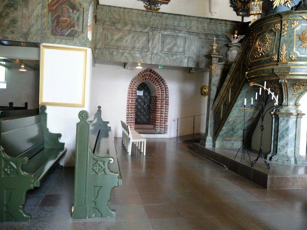 Фрагмент интерьера собора.