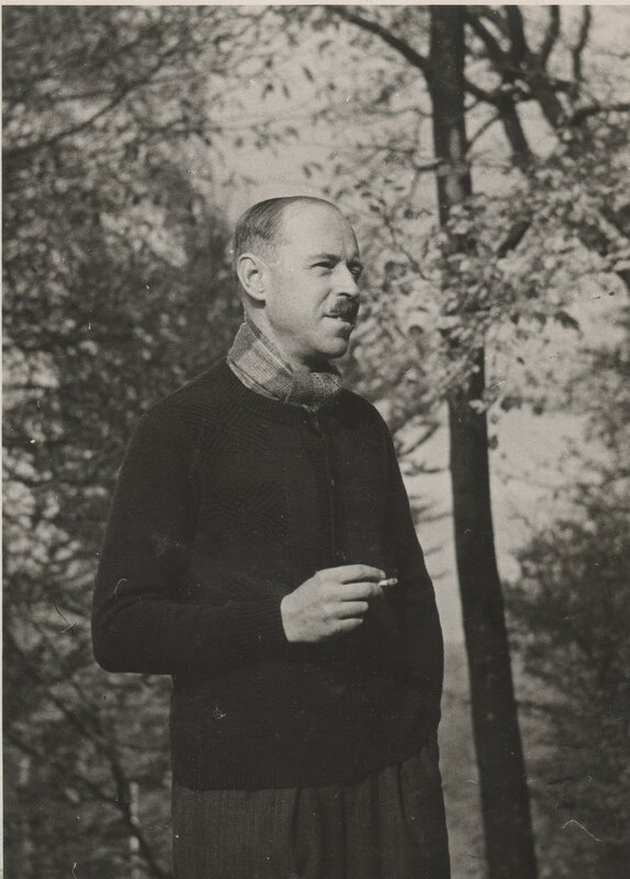 Michel 1939 paris 1.jpeg