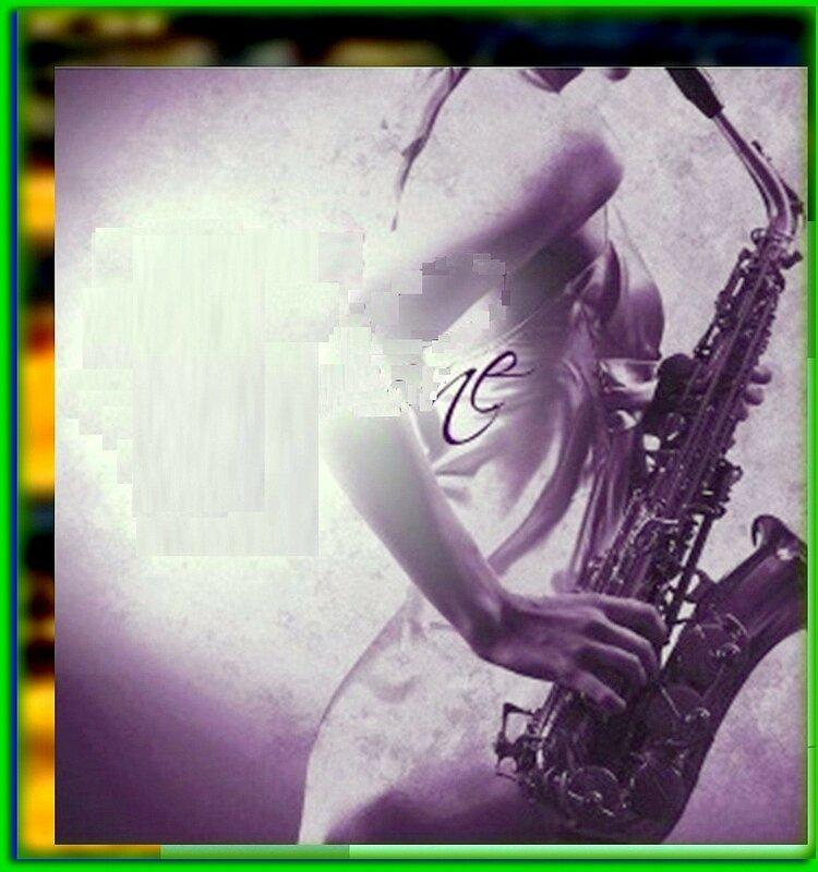 На саксофоне.jpg