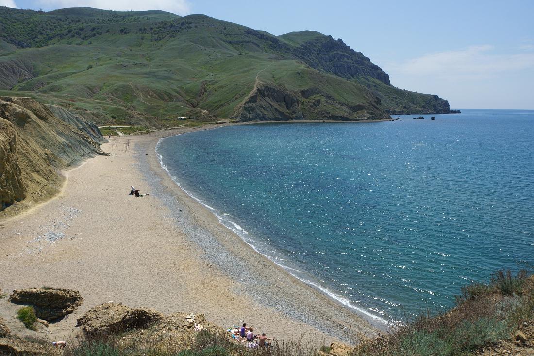 вешать кирпич меганом крым фото пляжей отметить