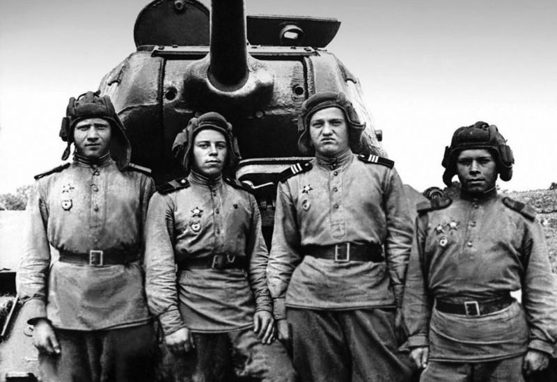 tankisti_t_34_85_63_gvard_tankbrig_1944.2synrhtmz8qoks8s4g40ook0o.ejcuplo1l0oo0sk8c40s8osc4.th.jpeg