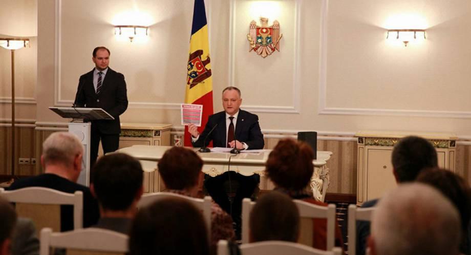 Додон инициировал референдум о расширении полномочий президента Молдовы