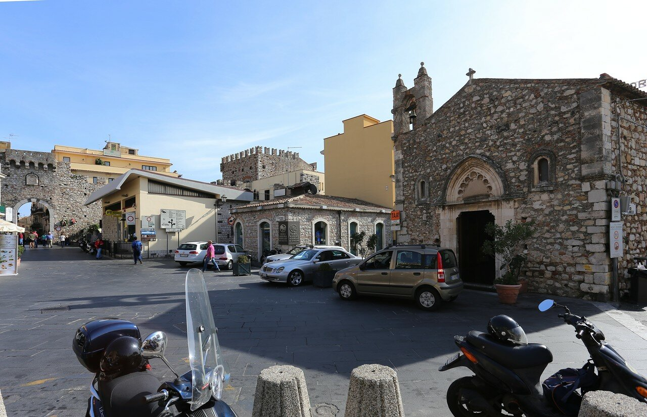 Taormina. Porta Catania