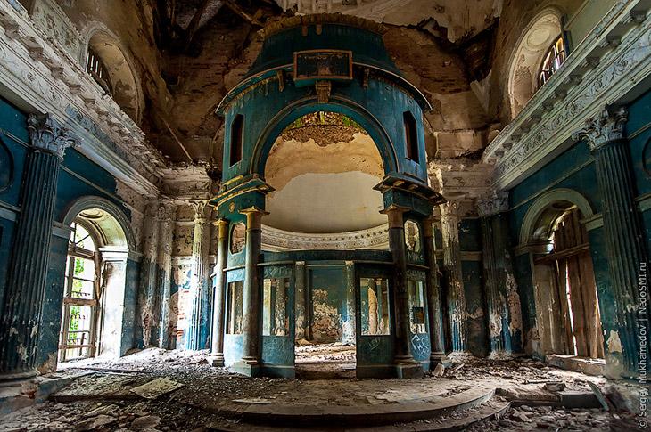 Несчастливый храм (25 фото)