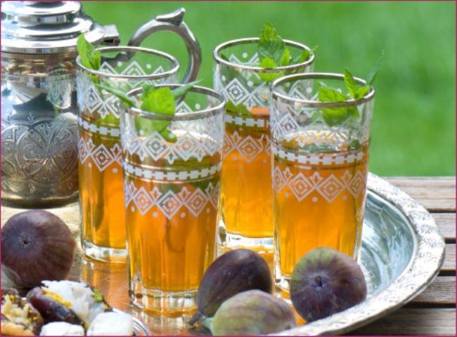 6. Марокко В Марокко предпочитают обычный чай с добавлением лепестков мяты.