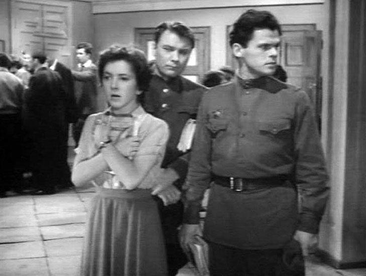 Ольга Волкова, 1958, «Город зажигает огни» — абитуриентка мостостроительного института.