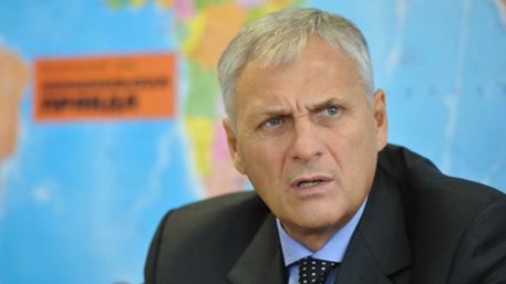 Суд оставил экс-губернатора Сахалина под стражей