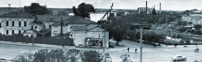 Строительство Юбилейного моста.jpg