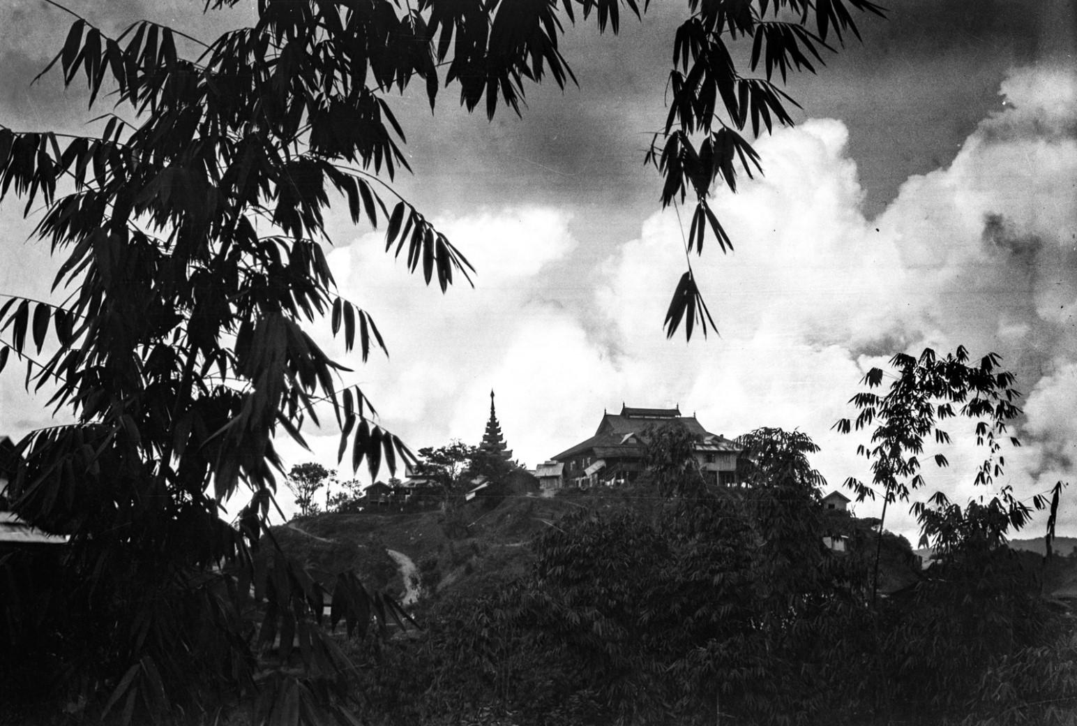907. Нансхан. Старый дворец на вершине холма