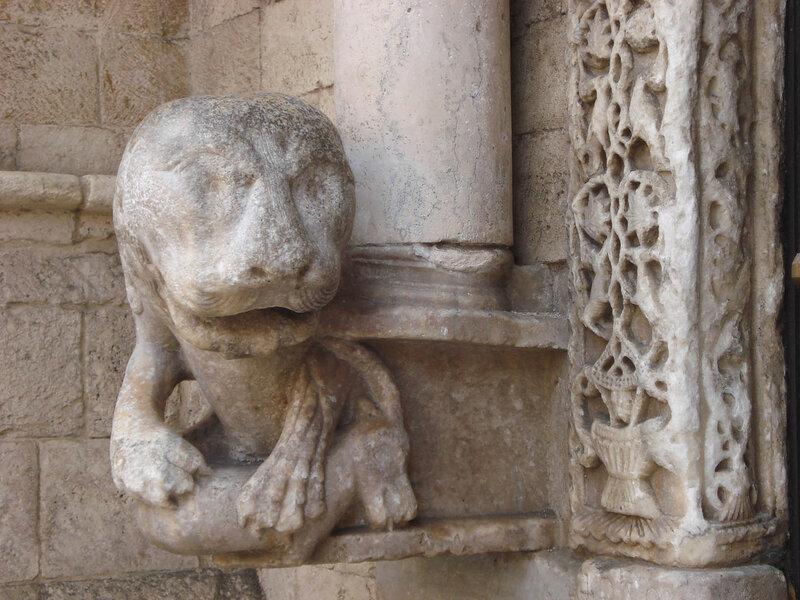 042-портал львов (левый лев).jpg