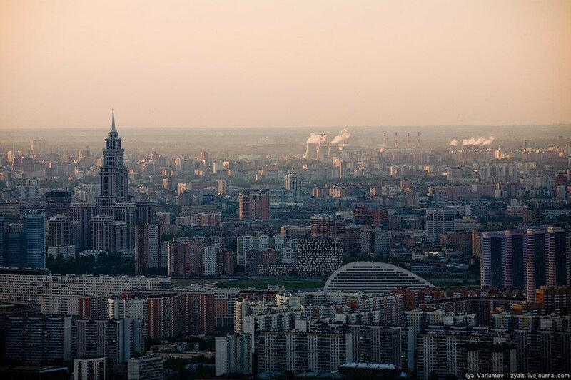 Россия. Москва с комплекса Город столиц (фото)