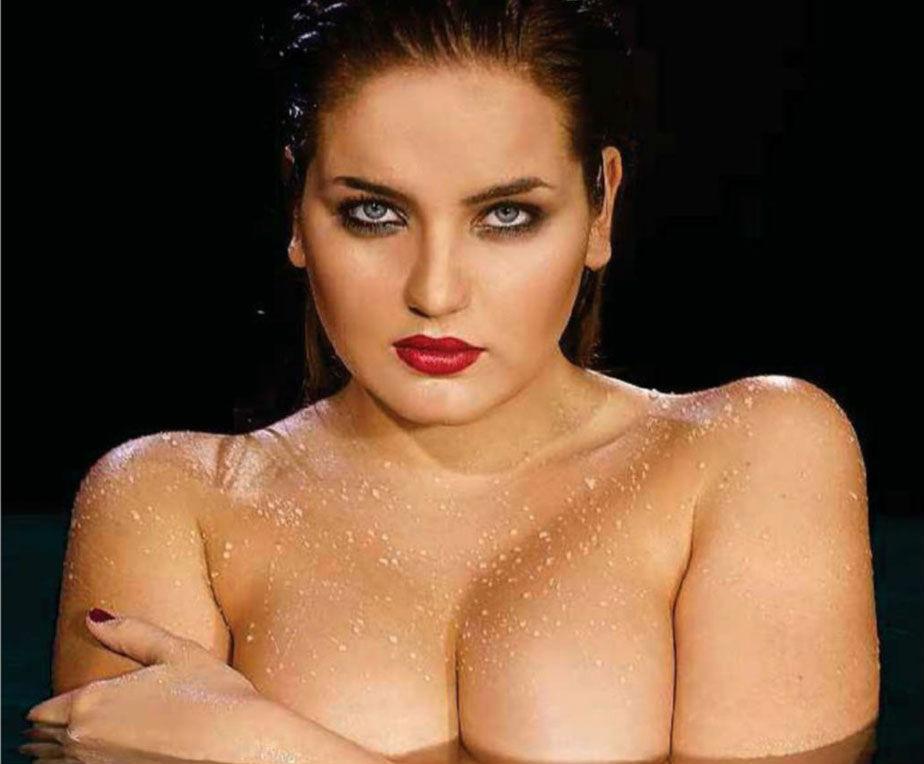 В рейтинг Maxim самых сексуальных женщин России попала модель plus-size — шикарная Евгения Подберёзкина (13 фото) 18+