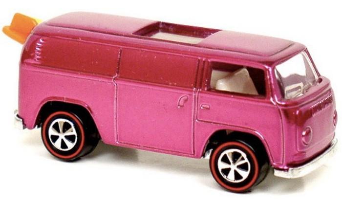 15. Автомобильчик из серии Hot Wheel «Пляжная бомба» Это игрушечное авто было продано на одном из ин