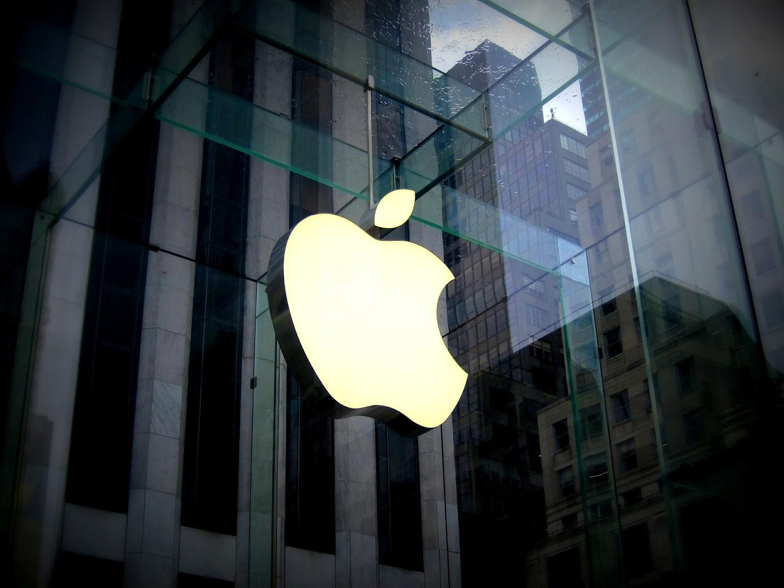 Apple сохраняет данные отелефонных звонках вiCloud без ведома пользователей