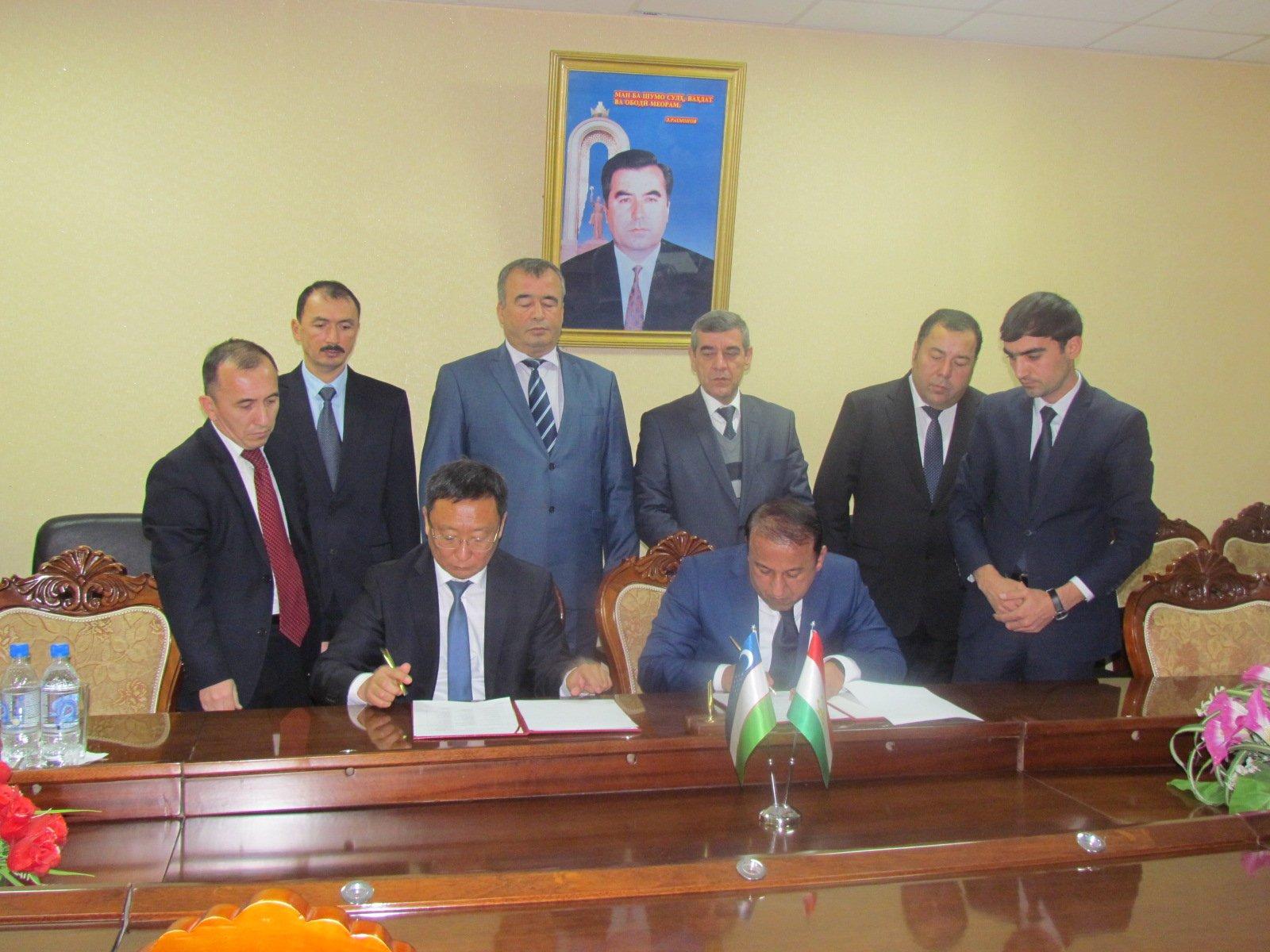 Таджикистан иУзбекистан договорились ообновлении воздушного сообщения