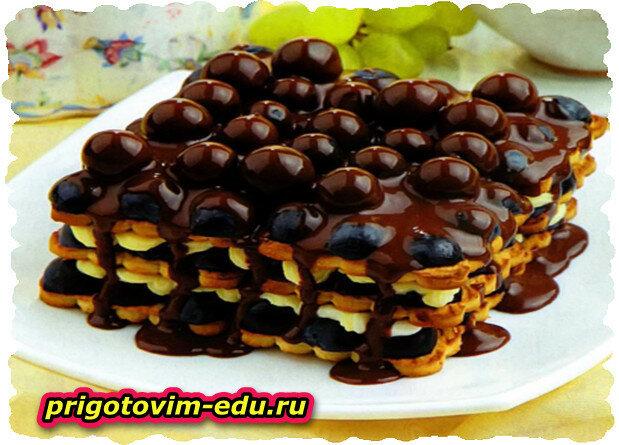 Шоколадный Торт из печенья и винограда