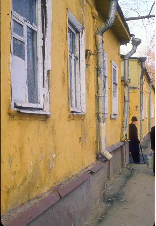 1982. Трифоновская улица. д.17 (автор Д.Бортко)