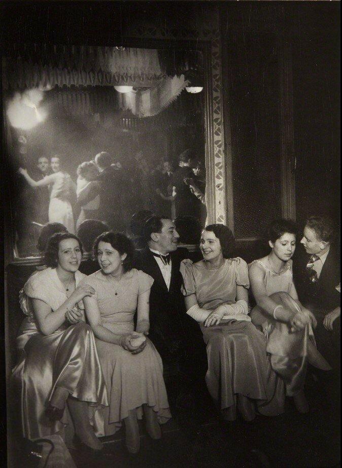 1932. Вечер в Шартре