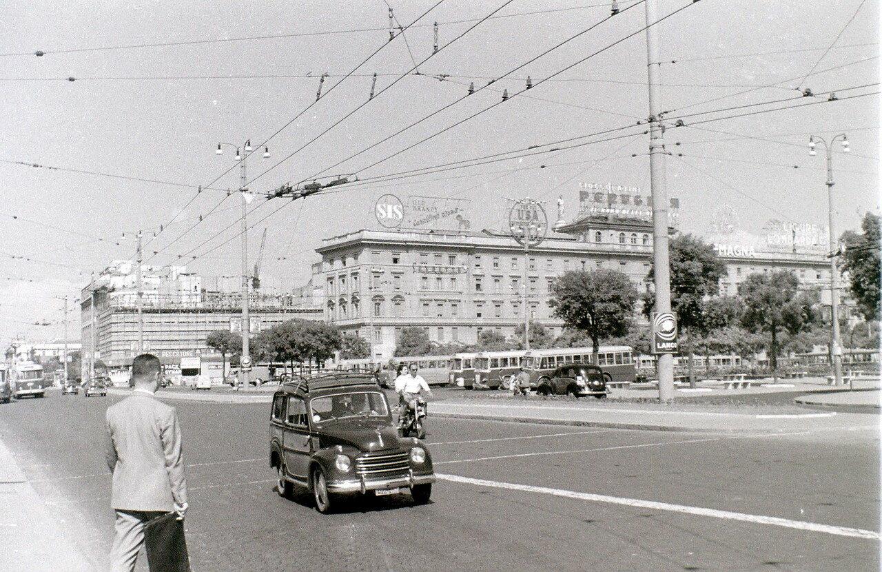 Возле вокзала Термини