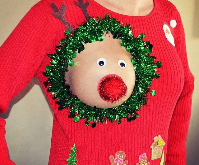 Праздник к нам приходит: сексуальные Рождественские девушки